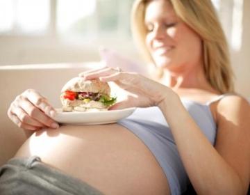 Правильный рацион питания для беременных  примерное меню по триместрам 962a8fac8d5