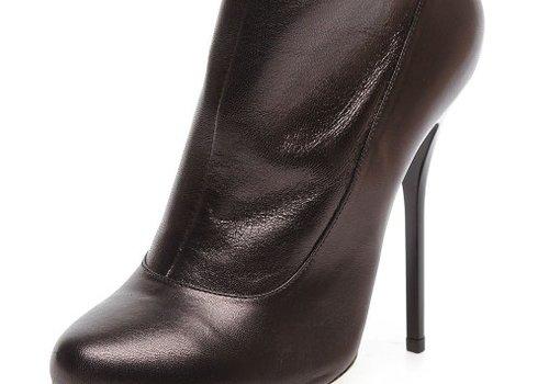 Основные средства и способы для разнашивания обуви