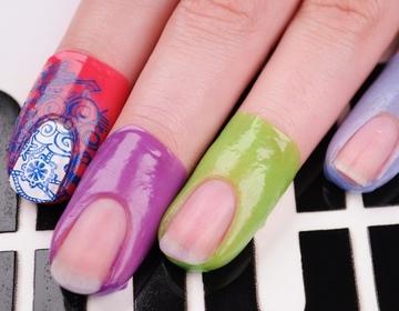 Однотонный маникюр на лето на короткие ногти фото