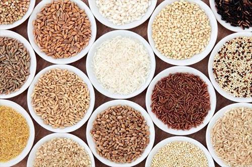 Что можно кушать кормящей маме в первый месяц и все последующие. Список разрешенных и запрещенных продуктов