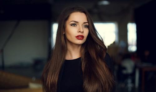 Методы выпрямления волос в домашних условиях и в салонах