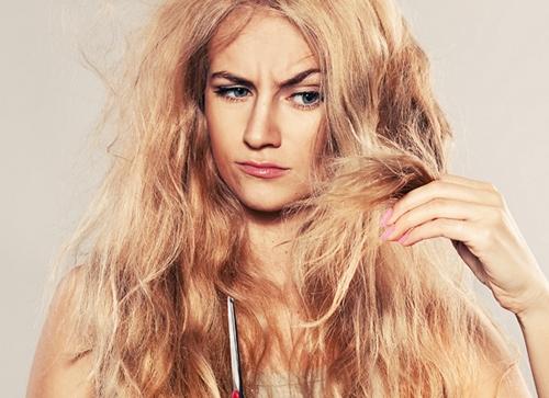 Флюид, незаменимое средство для секущихся кончиков волос