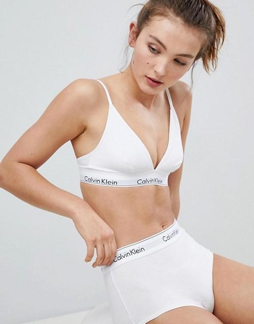 https://womansay.net/assets/images/moda/2018/05/female-underpants/long-waist-03.jpg