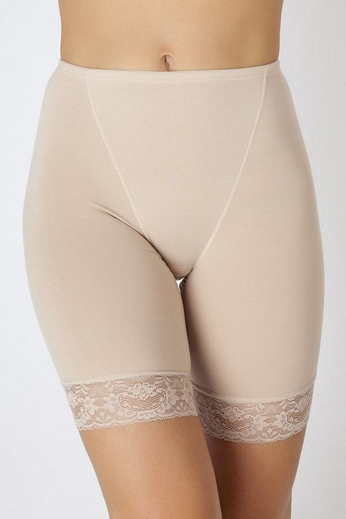 https://womansay.net/assets/images/moda/2018/05/female-underpants/pantalon-01.jpg