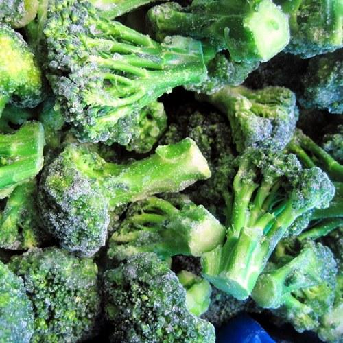 Приготовление замороженной брокколи на сковороде