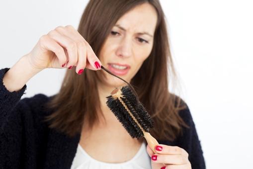 Как быстро отрастить волосы с помощью витамин в ампулах
