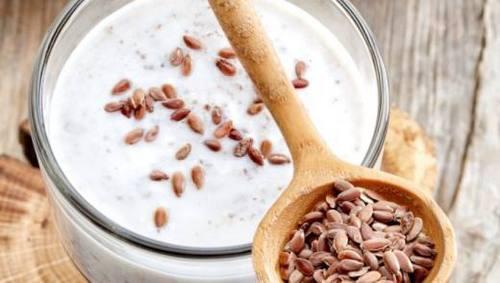 Льняное семя с кефиром для очищения кишечника и оздоровления организма